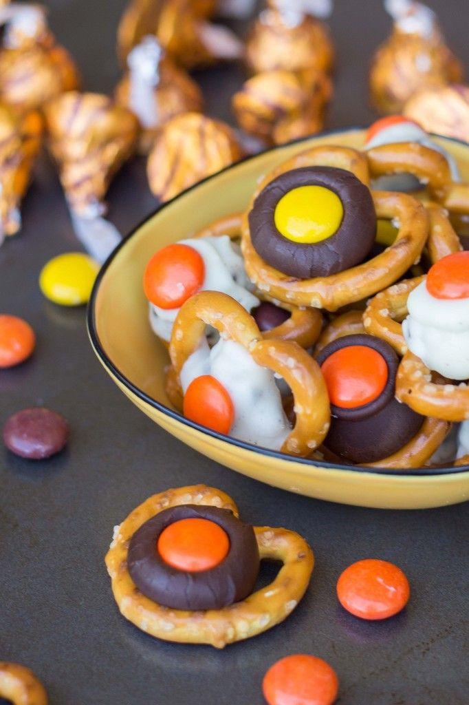 Halloween Candy Pretzel Bites