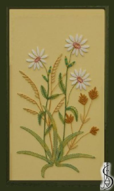 Blossom -daisy No. 10145 Green frame with glass, dimensions 23 x 38 cm, frame selection: yellow, blue, green, red, cinnamon, colored / white lace Price: € 61 ............................ Protected by copyright!