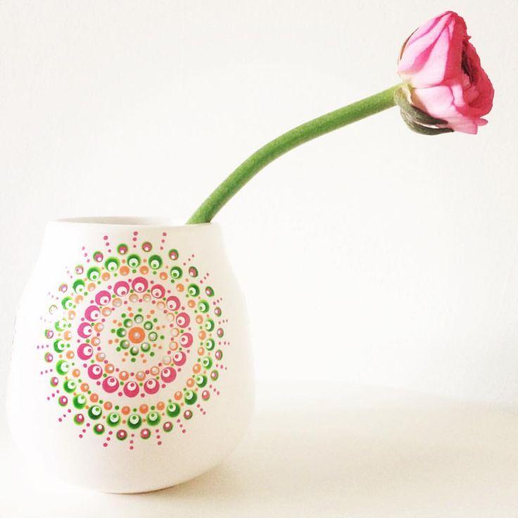 #ranonkel #favourite #eigenwijs #roze #bloemen #bloem #stippen #dots…