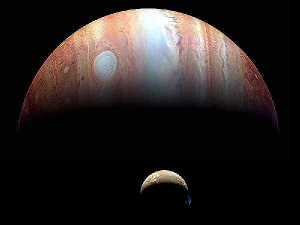 Io and Jupiter as seen by New Horizons during its 2008 flyby. (Credit: NASA/Johns Hopkins University APL/SWRI)