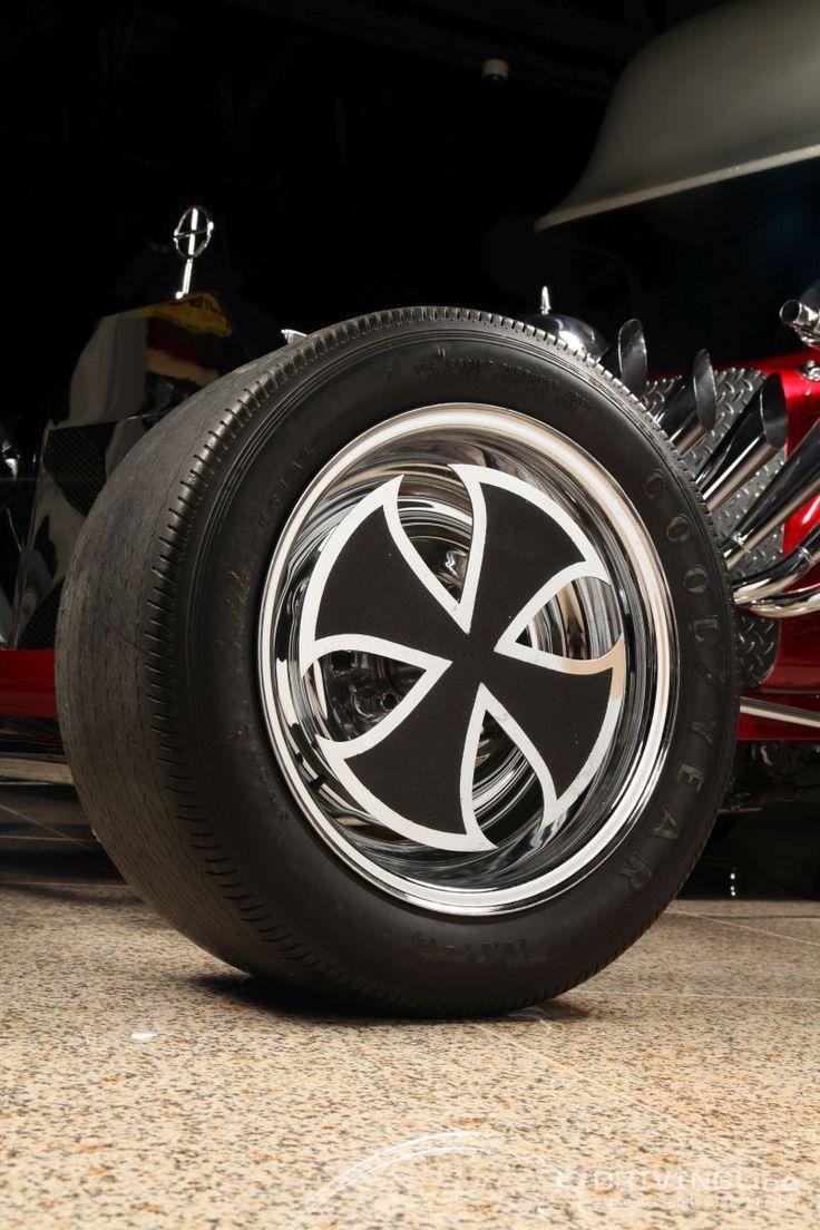 Red baron showcar feature 07 jpg 800 1200