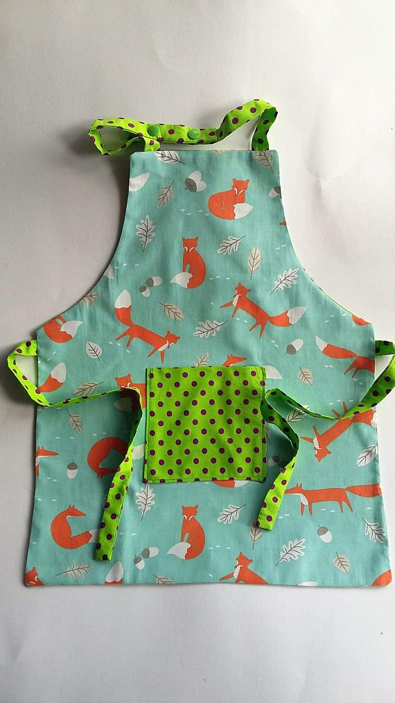 Kids Apron, childs Apron, Retro Cotton Fox Fabric with Kam Snap fastening at neck and tie back