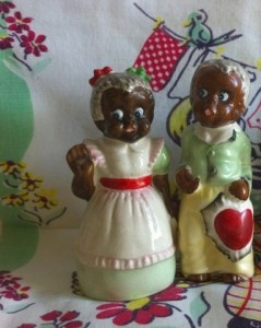 Vintage Americana Valentines Day Salt and Pepper Shakers
