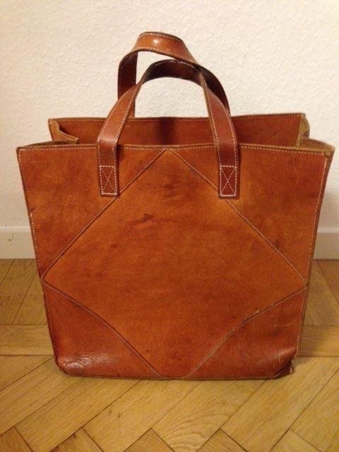 Brun cognacfärgad väska skinnväska 70 tal vintage retro