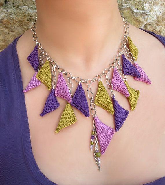 'Layla' - Cotton yarn pendants necklace.