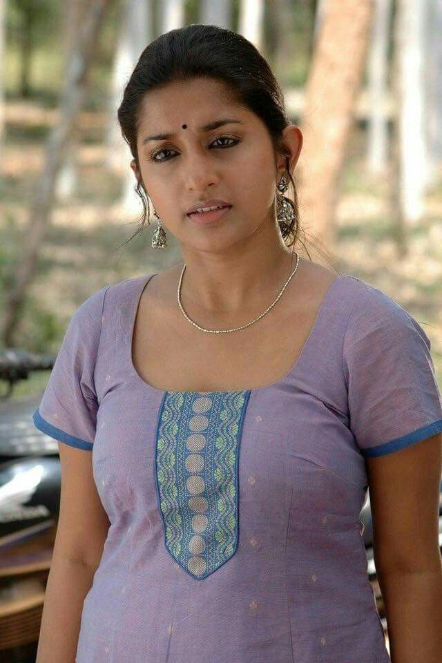 20 Best Mallu Aunty Images On Pinterest  Housewife, Hot -5851