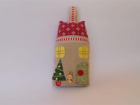 Little Fabric Christmas House. Linen applique by PinkOliveGifts