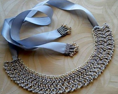 Free pattern for necklace Morning (by Olga Perminienė)  Click on link to get pattern - http://beadsmagic.com/?p=7229