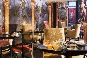 Cinq hôtels «couture» parisiens