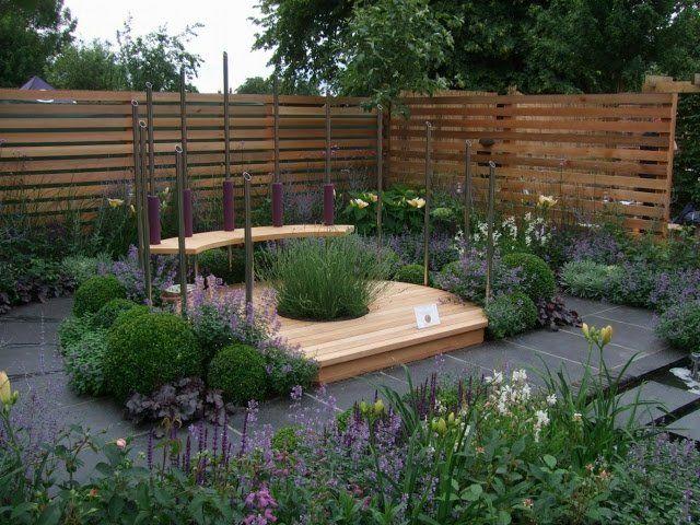 kleingarten anlegen sitzecke gestalten modern blumen stufen garten pinterest sitzecke. Black Bedroom Furniture Sets. Home Design Ideas