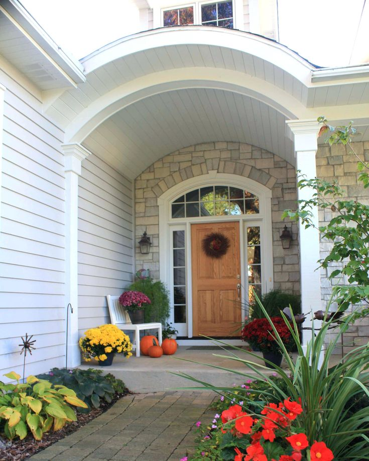 Best 25 transom window treatments ideas on pinterest for Front door with transom above