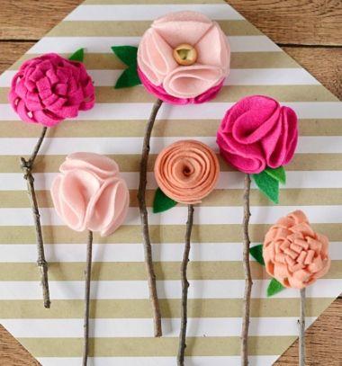 DIY No sew felt flowers with twigs - 3 different felt flower pattern // Egyszerű filc virágok faág szárral házilag - többféle minta // Mindy - craft tutorial collection