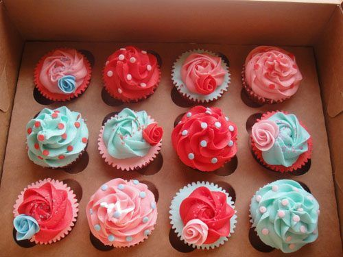 Pink and Blue Cupcakes! My Favourite Colours!