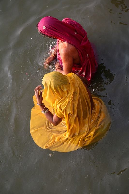 Joel Dousset   January 14, 2012   Corolles.    http://benares-varanasi.blogspot.com/ — at River Ganges, Varanasi.