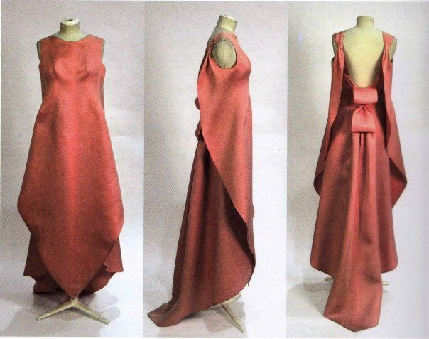 sculptural berry colored balenciaga gown.