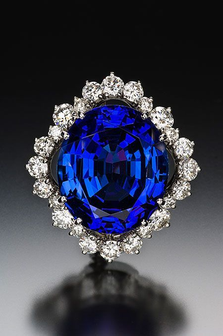 Tanzanite and diamond brooch, 33.55 ct, 22.03 x 19.06 x 11.34 mm, in a platinum setting by Claus Vollrath. The diamonds have a tcw of 2.60. (Photo: Jeff Scovil) #DiamondBrooches