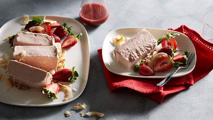 Strawberries and cream slab recipe : SBS Food