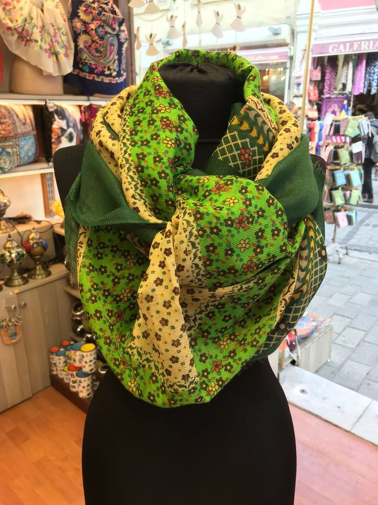 UNIQUE FLORAL TURKISH PASHMINA