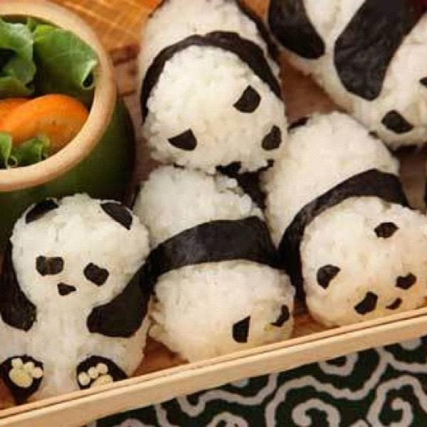 panda sushi - don't worry, no pandas were harmed in the making of this sushi... Fish on the other hand, less fortunate.