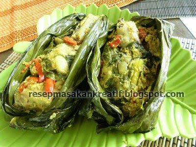 Pepes Ayam Bumbu Khas Sunda   Resep Masakan Indonesia (Indonesian Food Recipes)