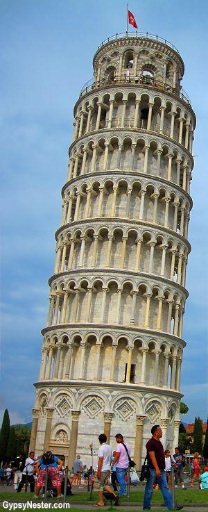 La Torre de Pisa o Torre inclinada de Pisa (en italiano: torre pendente di Pisa)…