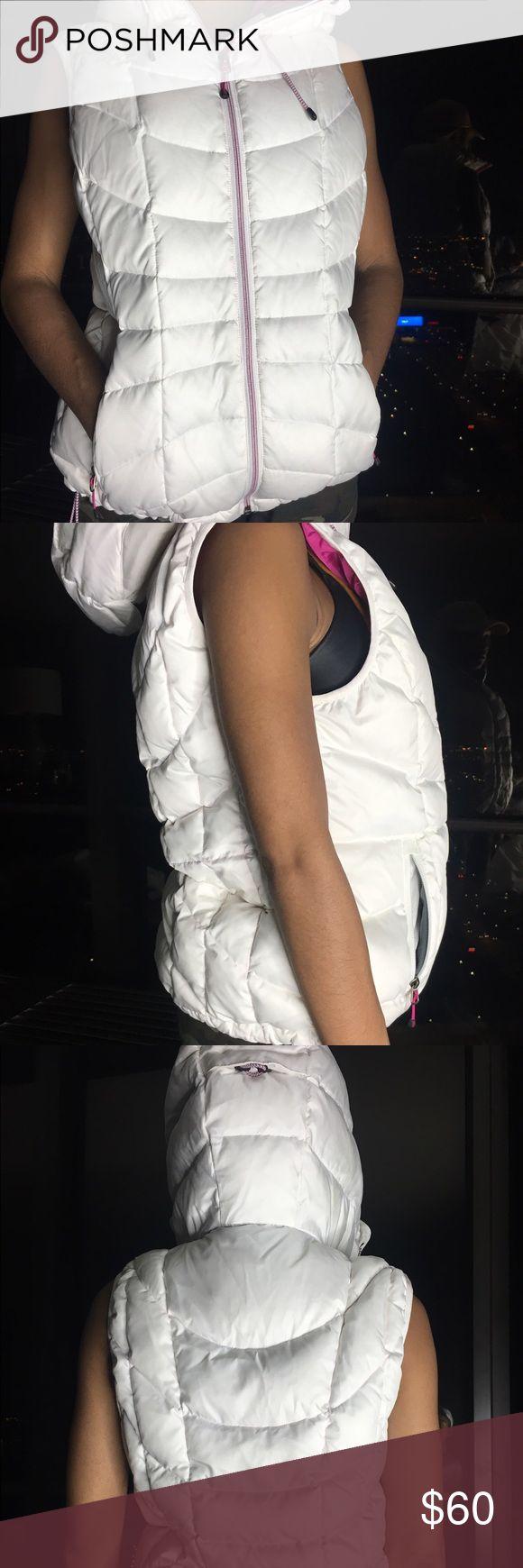 Lands end White Puffer Vest/Coat Lands End Puffer Vest Coat With Pink Inside, MINT condition Lands' End Jackets & Coats Vests
