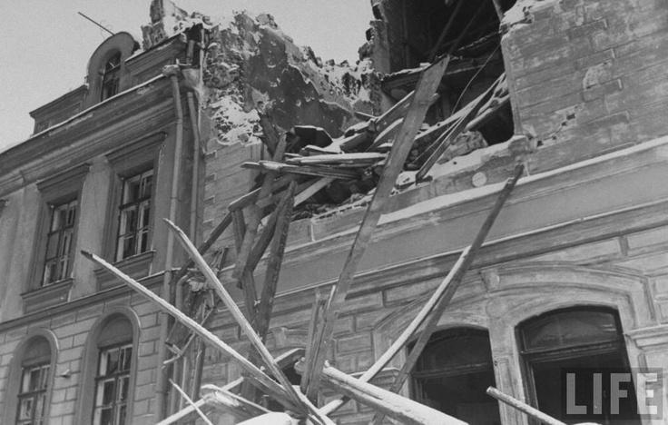 Viipuri after bombing,  Carl Mydans 1940 Life