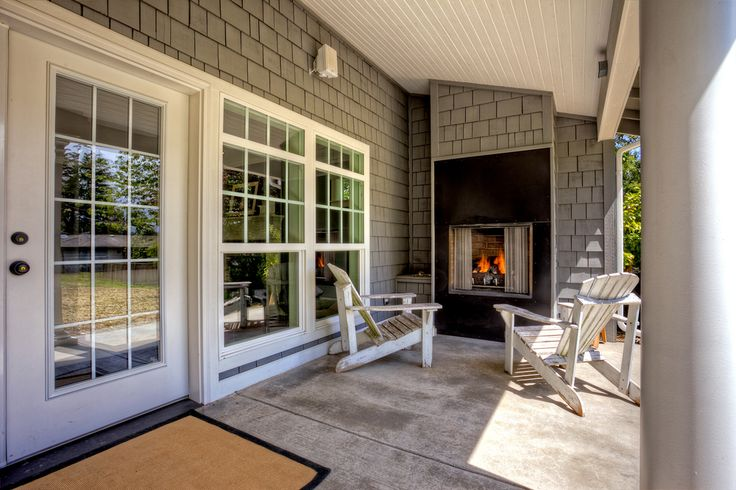 Exterior remodeling exterior remodeling desmoines for Custom home builders seattle