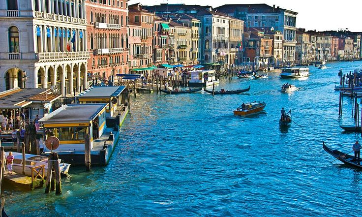 Looking for tips on things to do in Venice, Italy? We the best insider Venice travel tips and destination highlights