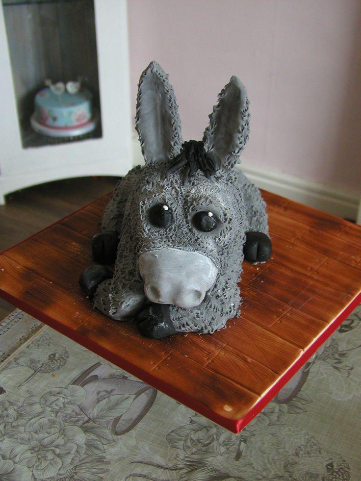 3d donkey cake