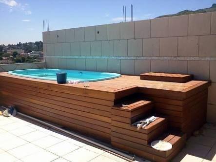 Resultado de imagem para piscinas com deck elevado