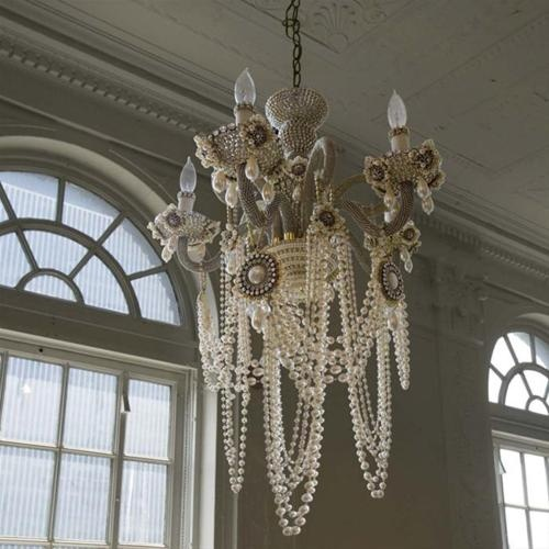 chandelier: Decor, Lights, Ideas, Houses, Dreams, Shabby Chic, Glam Rocks, Pearl Chandelier, Pearls Chandeliers