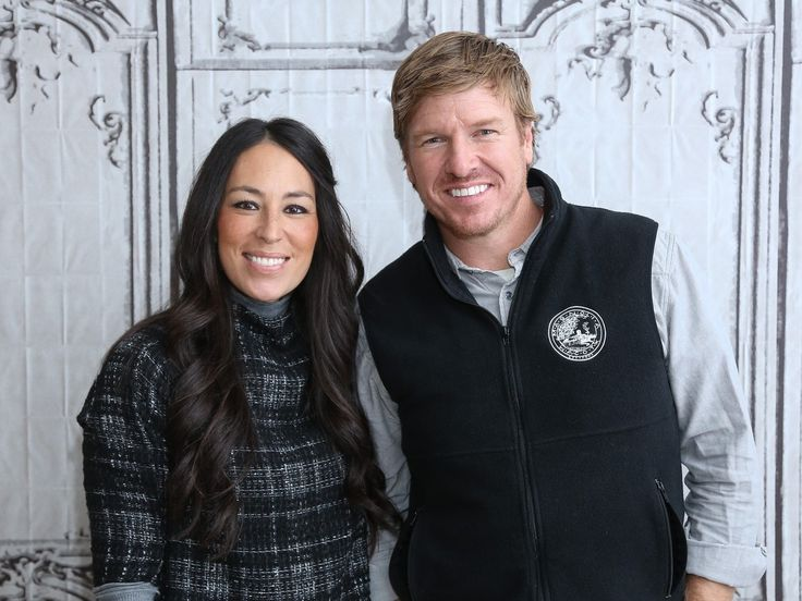Fixer Upper Is Ending. What Is Chip and Joanna Gaines' Net Worth? | The couple earns plenty of money in other ways