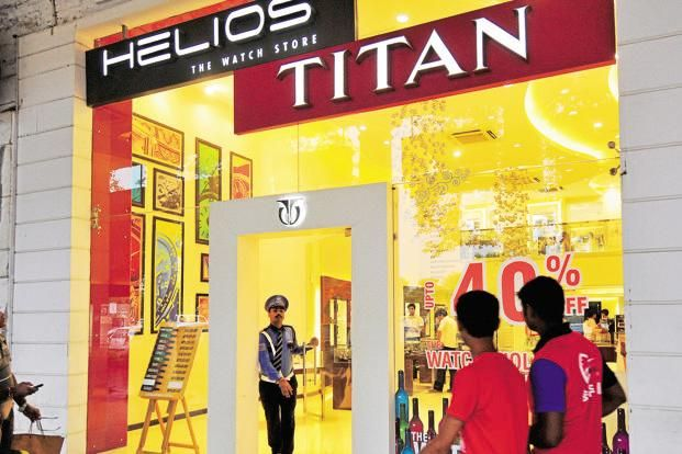 Titan stock trades weak on D-Street after weak Q4 results : 15, May 2017 :A leading Indian watch manufacturing company, Titan Company Limited is in focus on the D-Street as the stock is trading down by close to 5% in the Monday's trading session.  The company is also engaged in the business of jewellery. The stock dipped to touch intraday low of Rs 472.8 per share down by 4.4%.