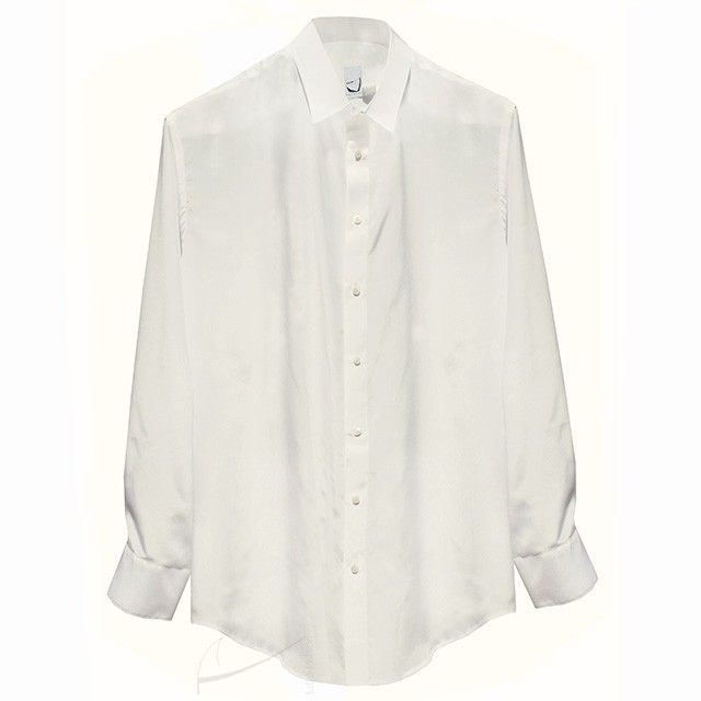 Klasyczna koszula jedwabna, do zamówienia w dowolnym rozmiarze i w czterech różnych kolorach w butiku www.latkafashion.com