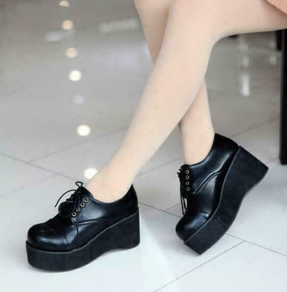 Chic Womens Crepper Platform High Wedge Gothic Casual Lace Up Shoes Round Toe