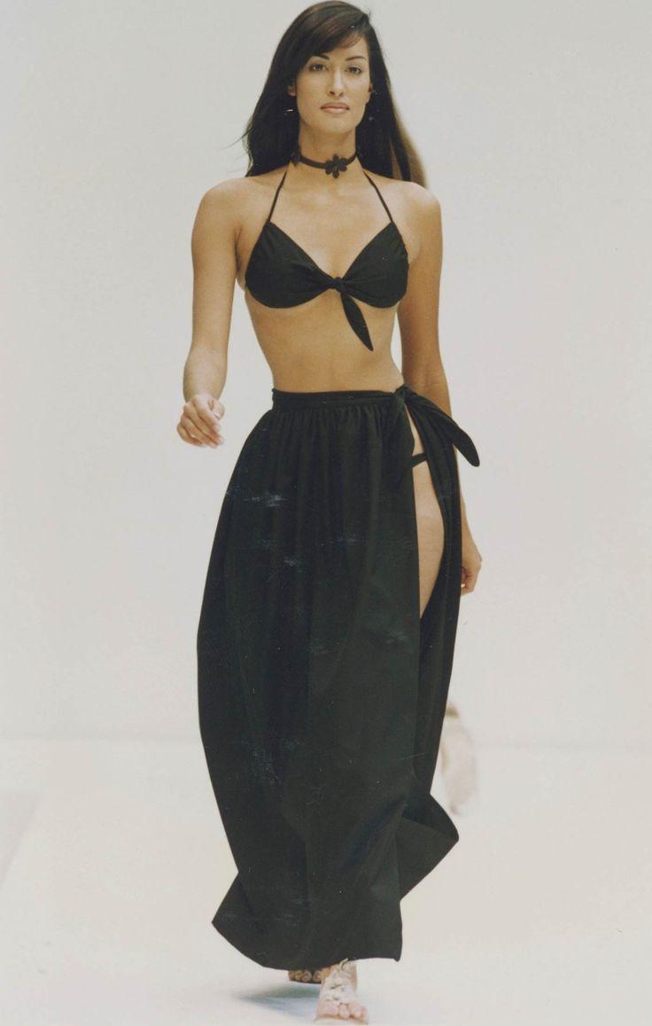 PRADA Spring Summer 1993 - Yasmeen Ghauri