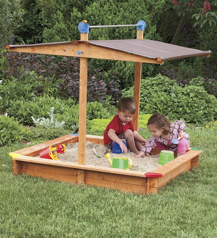 Austrian Wooden Sandbox - need to make something like this for the kiddies!