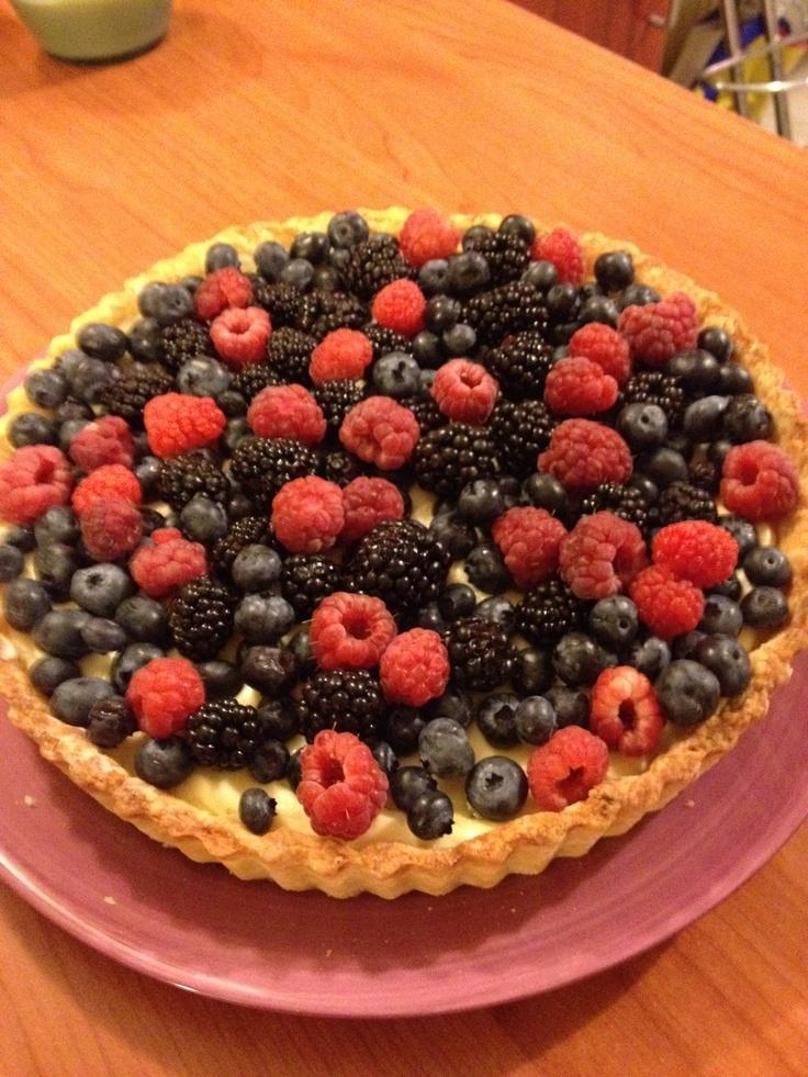 Fresh Berry Tart with Vanilla Cream.   Yummy!