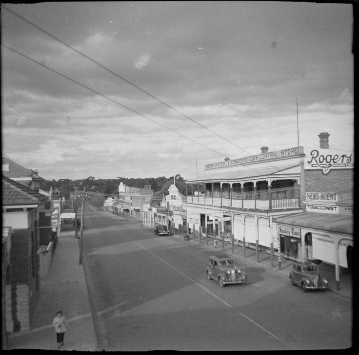 363568PD: Clive Street, Katanning, ca 1945 http://encore.slwa.wa.gov.au/iii/encore/record/C__Rb2952052?lang=eng