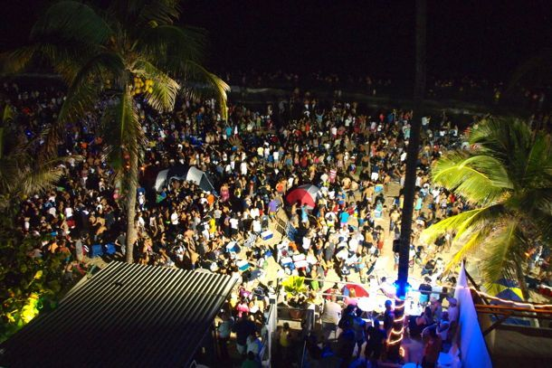 Wiggle, Wiggle, Wiggle, Wiggle, Wiggle (Yeah) - Noche de San Juan 2012 on Condado Beach