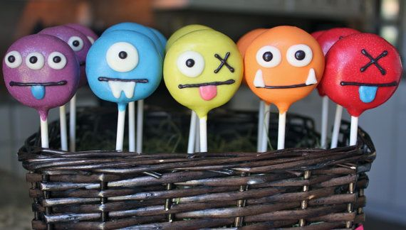 Ugly Doll Cake Pops!!! I WANT THESE FOR MY BIRTHDAY!!!!! OR WHENEVER!!!!