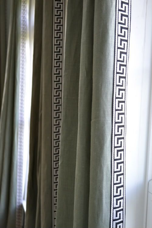 1000 Ideas About Green Curtains On Pinterest Velvet Drapes Velvet Curtains And Green Sofa