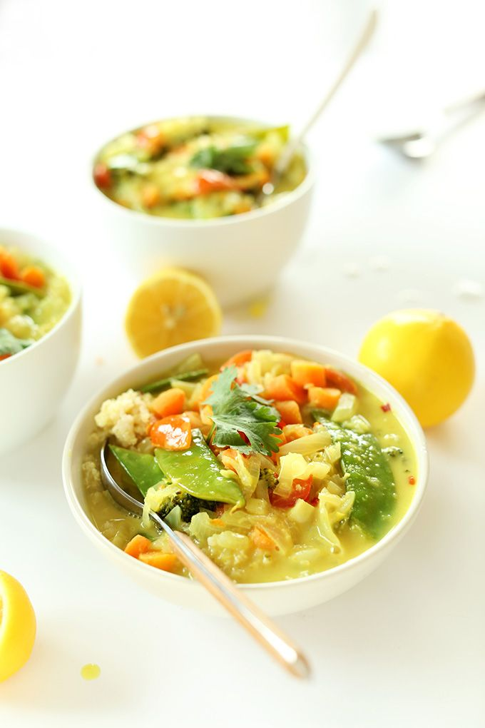 Easy Coconut Curry with Coconut Quinoa | #vegan #glutenfree