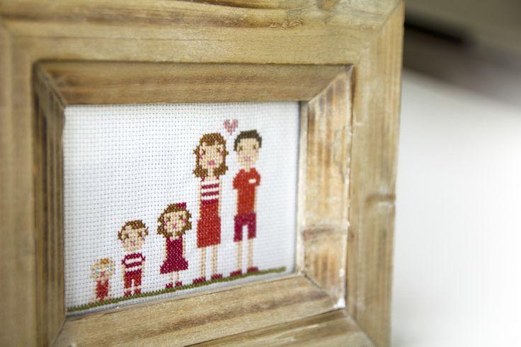 Retrato personalizado en punto de cruz. www.reinadereyes.es