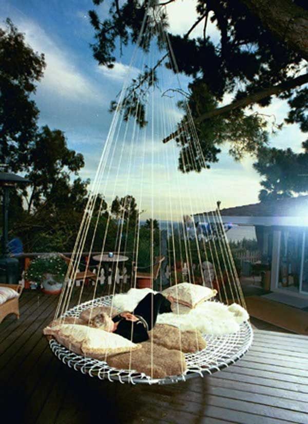 Hanging round bed from tree:19 Cozy Outdoor Hanging Beds to Help You Enjoy The Summer Nights