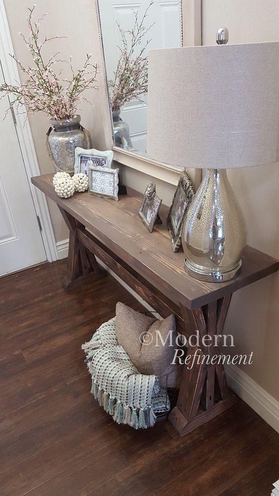 Tabella di ingresso splendido casale rustico fatto a mano. Solo il pezzo giusto accento per aggiungere alla vostra casa. Il tavolo è in legno