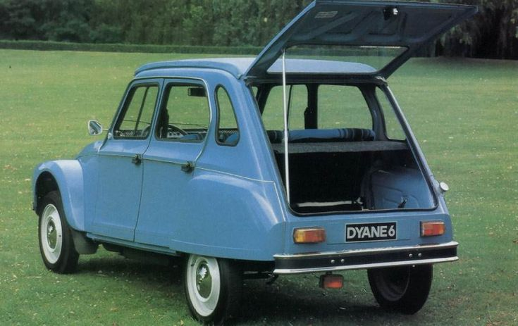 1979 Citroen Dyane my other blogs: www.german-cars-after-1945.tumblr.com & www.japanesecarssince1946.tumblr.com