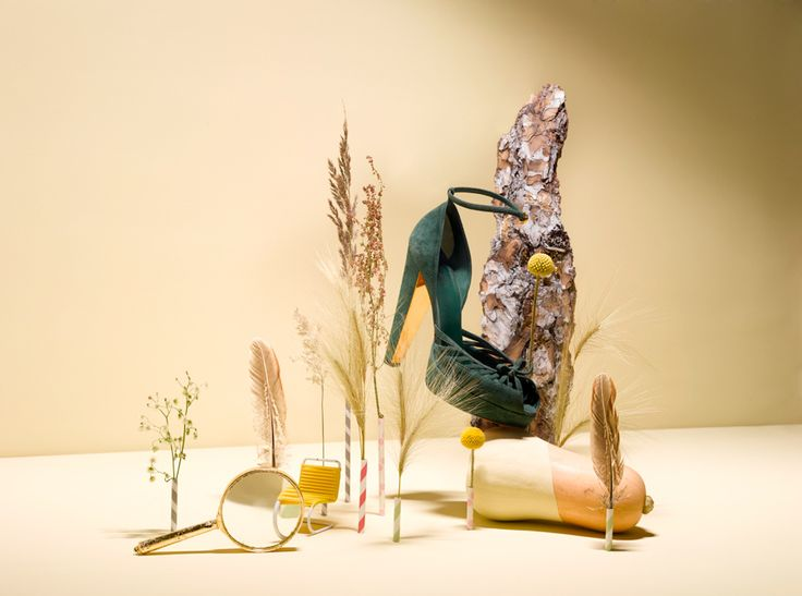 "MAXI MAGAZINE, ""Walk This Way"", creative by Elena Mora, pinned by Ton van der Veer"