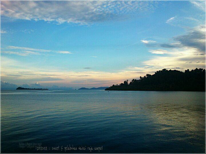 Pelabuhan Waisai, Raja Ampat di Sorong, Papua Barat